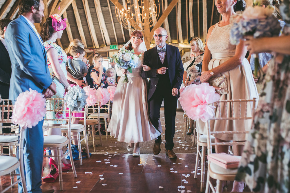 odos-barn-ashford-kent-wedding-photographer-odo's-barn-bilisington-by-lindsleyweddings_0087.jpg