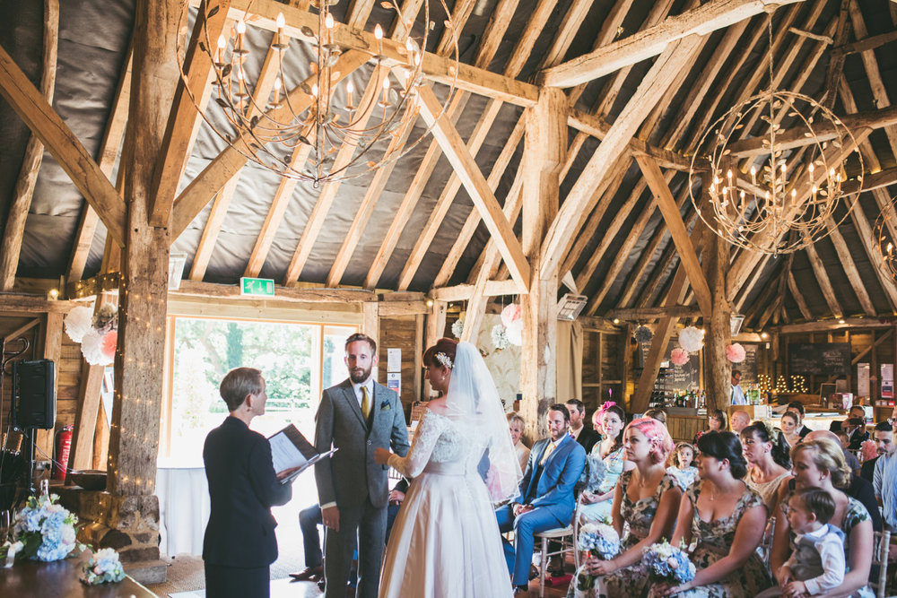 odos-barn-ashford-kent-wedding-photographer-odo's-barn-bilisington-by-lindsleyweddings_0089.jpg