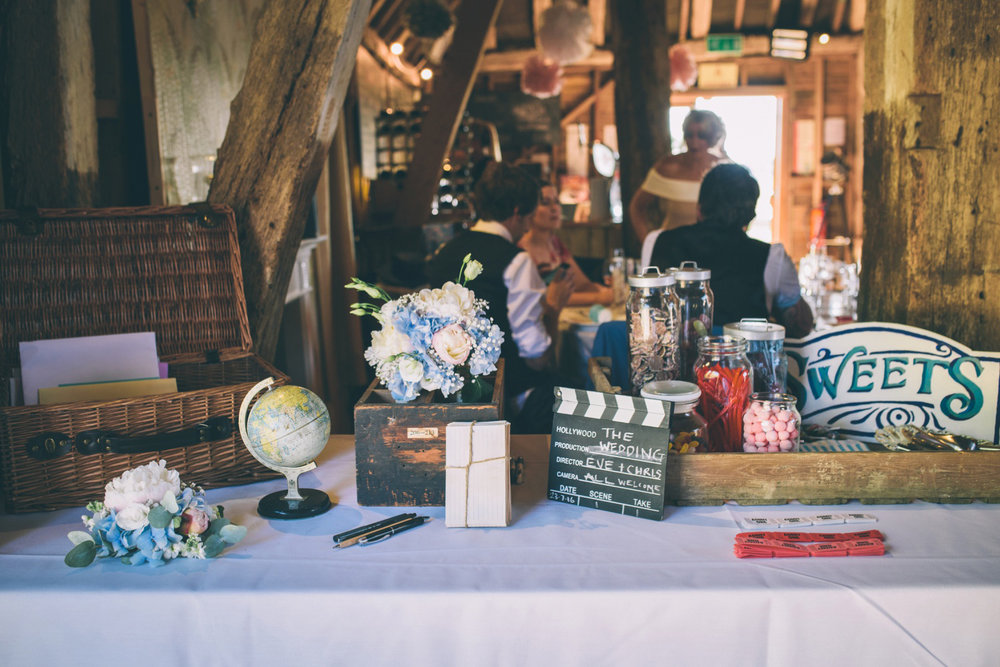 odos-barn-ashford-kent-wedding-photographer-odo's-barn-bilisington-by-lindsleyweddings_0118.jpg