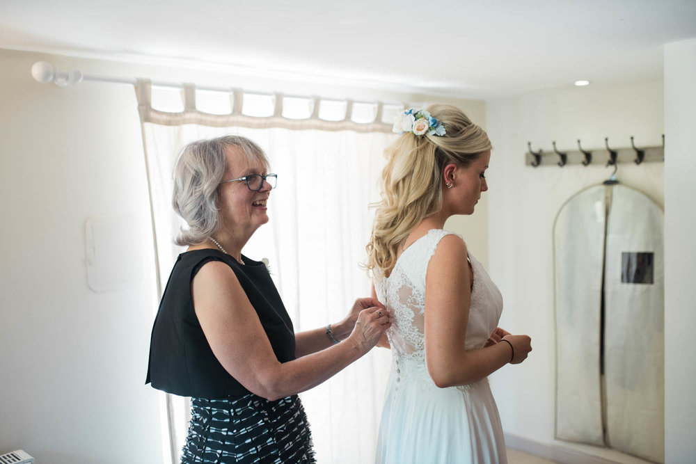 sopley-mill-wedding-phototography-16.jpg