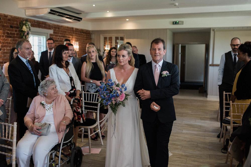 sopley-mill-wedding-phototography-30.jpg