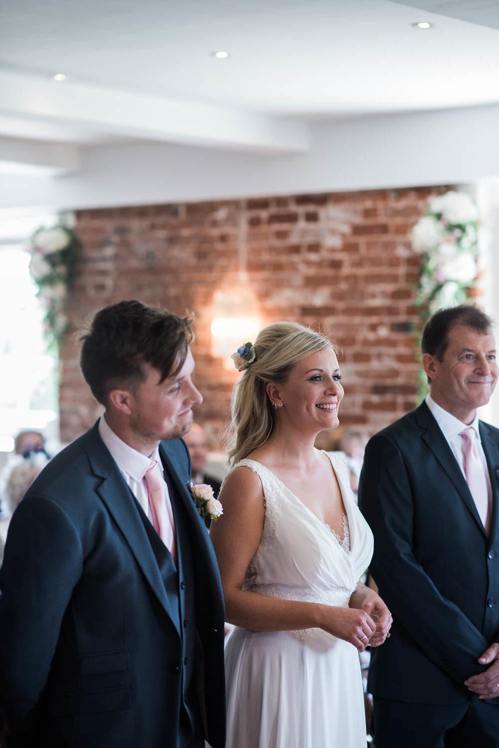 sopley-mill-wedding-phototography-37.jpg