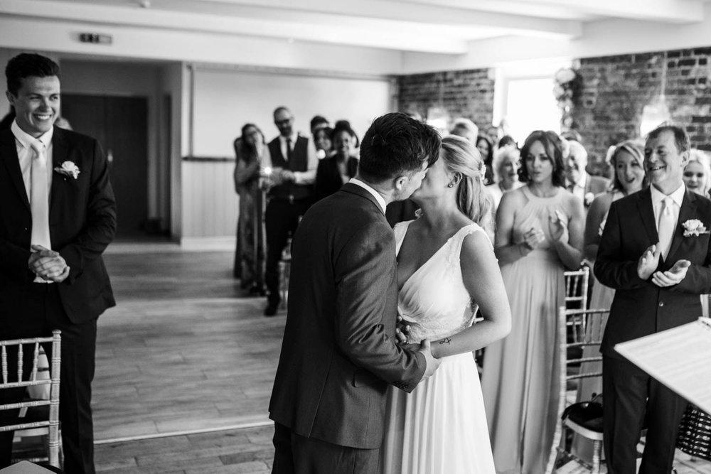 sopley-mill-wedding-phototography-40.jpg