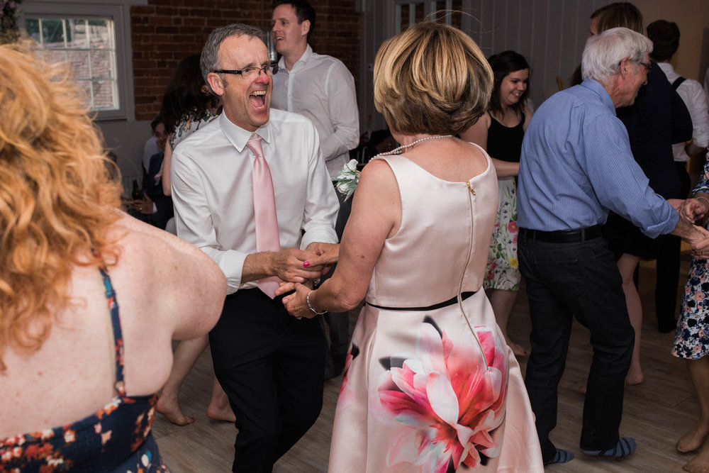 sopley-mill-wedding-phototography-102.jpg