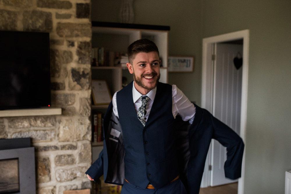 natural-retreats-yorkshire-dales-wedding-photography-26.jpg