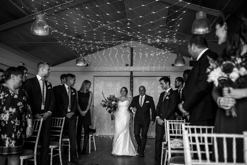natural-retreats-yorkshire-dales-wedding-photography-39.jpg
