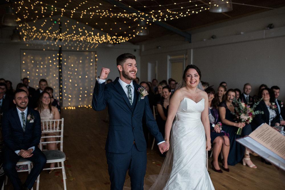 natural-retreats-yorkshire-dales-wedding-photography-41.jpg
