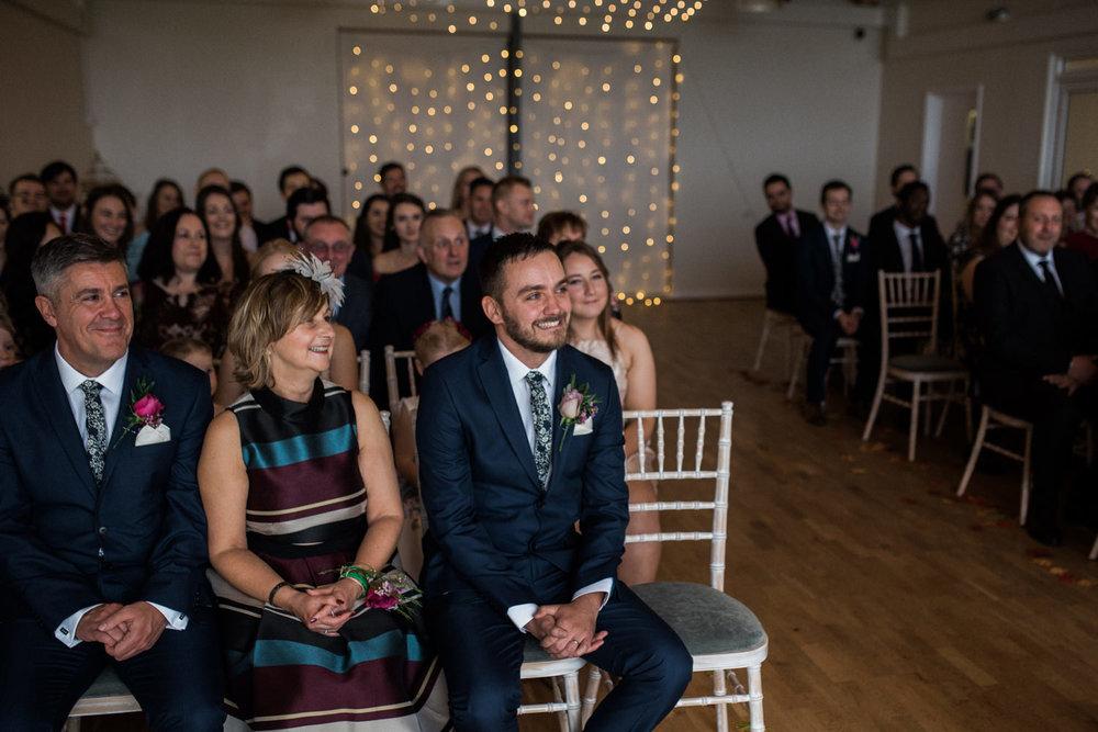 natural-retreats-yorkshire-dales-wedding-photography-44.jpg