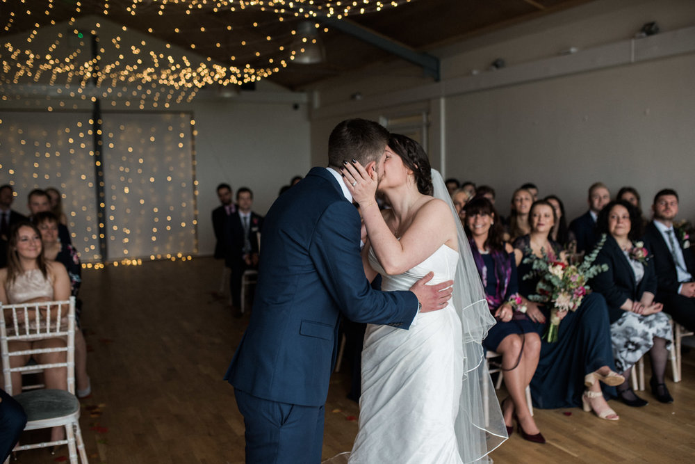 natural-retreats-yorkshire-dales-wedding-photography-56.jpg