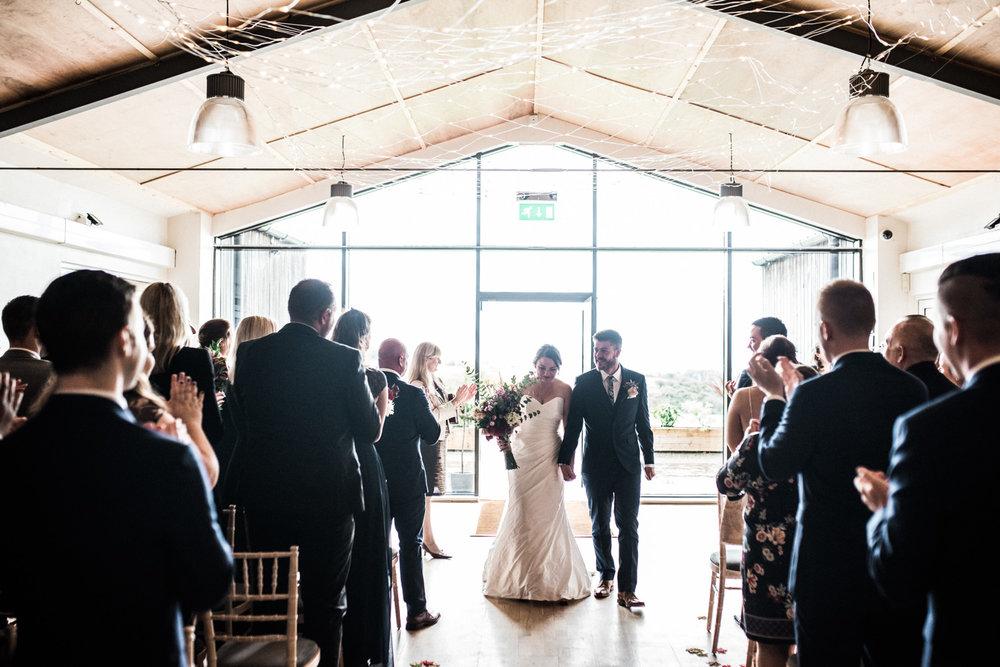 natural-retreats-yorkshire-dales-wedding-photography-57.jpg