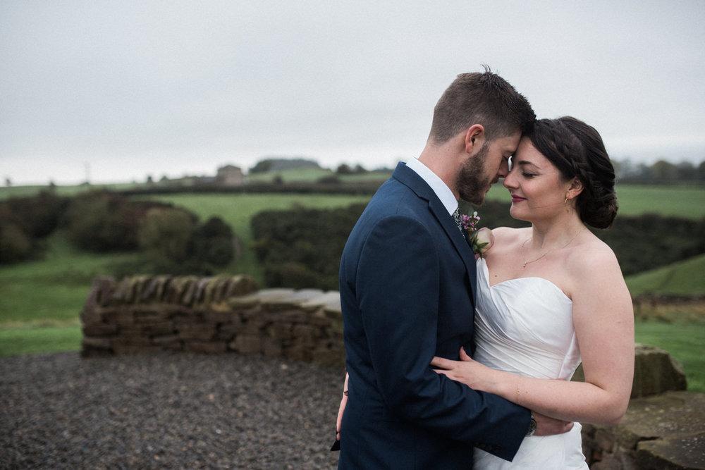 natural-retreats-yorkshire-dales-wedding-photography-70.jpg