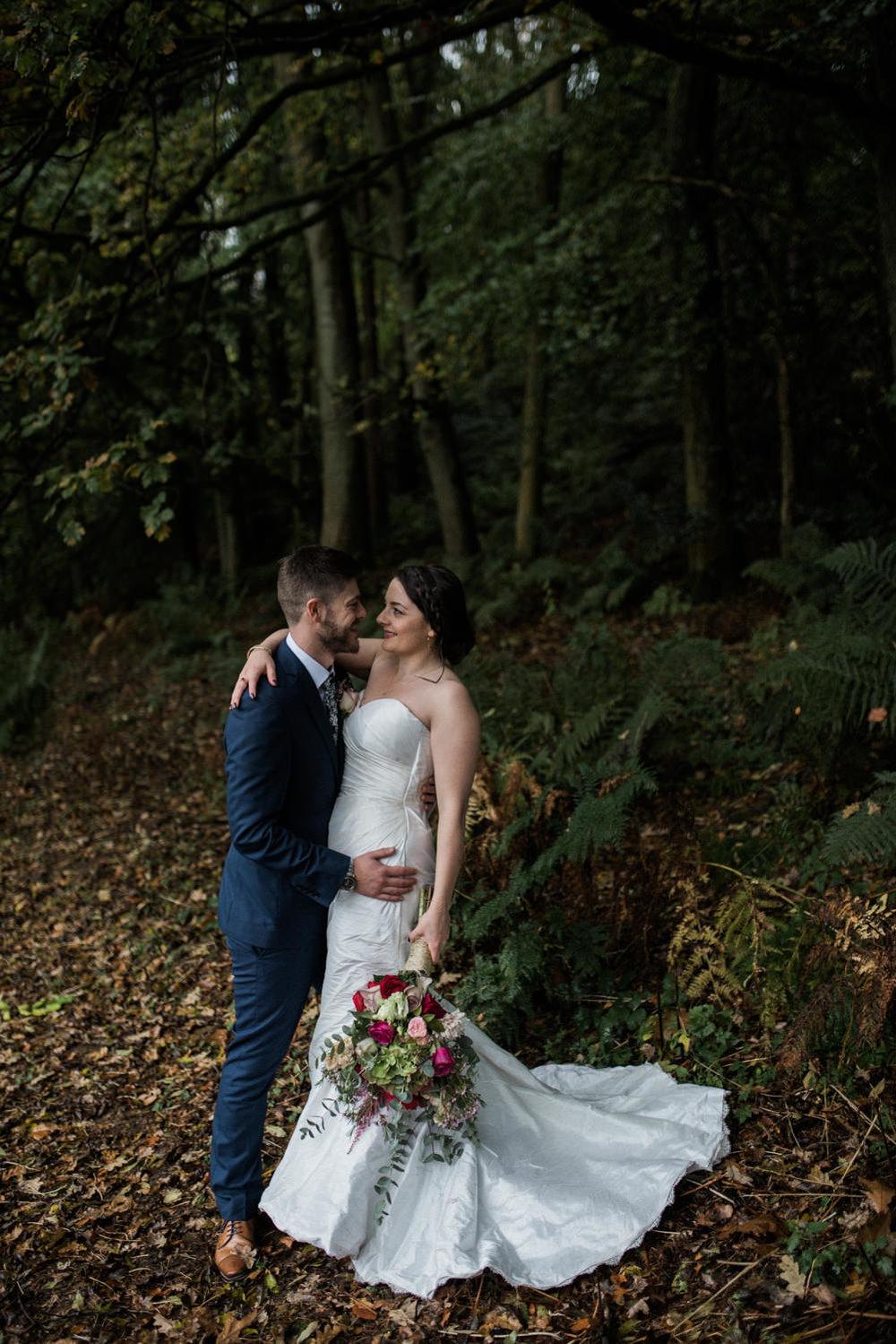 natural-retreats-yorkshire-dales-wedding-photography-74.jpg