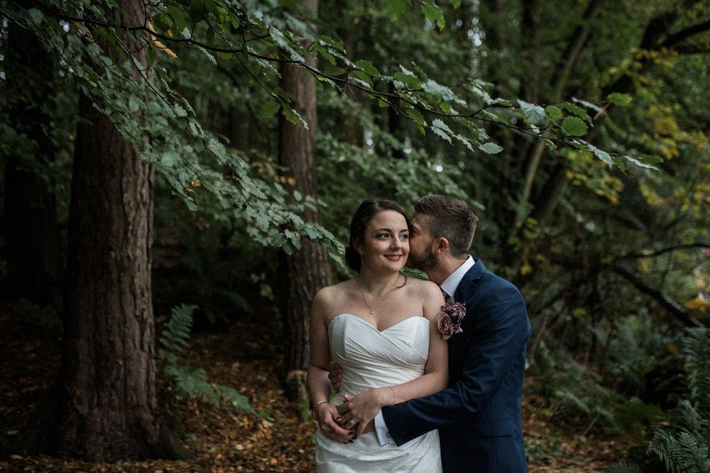 natural-retreats-yorkshire-dales-wedding-photography-78.jpg