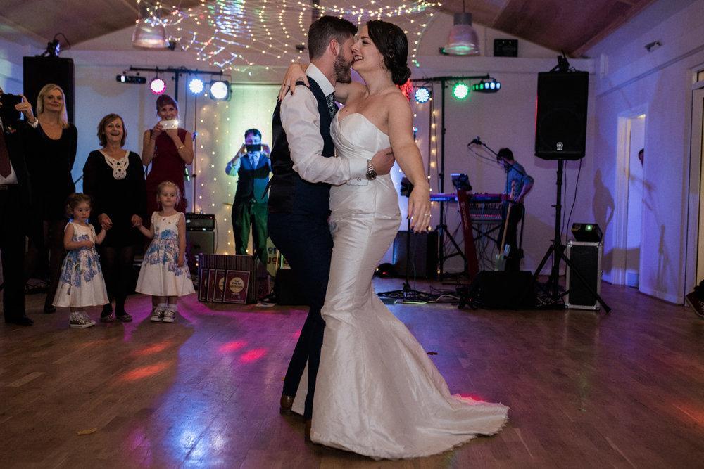 natural-retreats-yorkshire-dales-wedding-photography-101.jpg