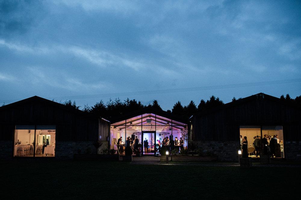 natural-retreats-yorkshire-dales-wedding-photography-110.jpg