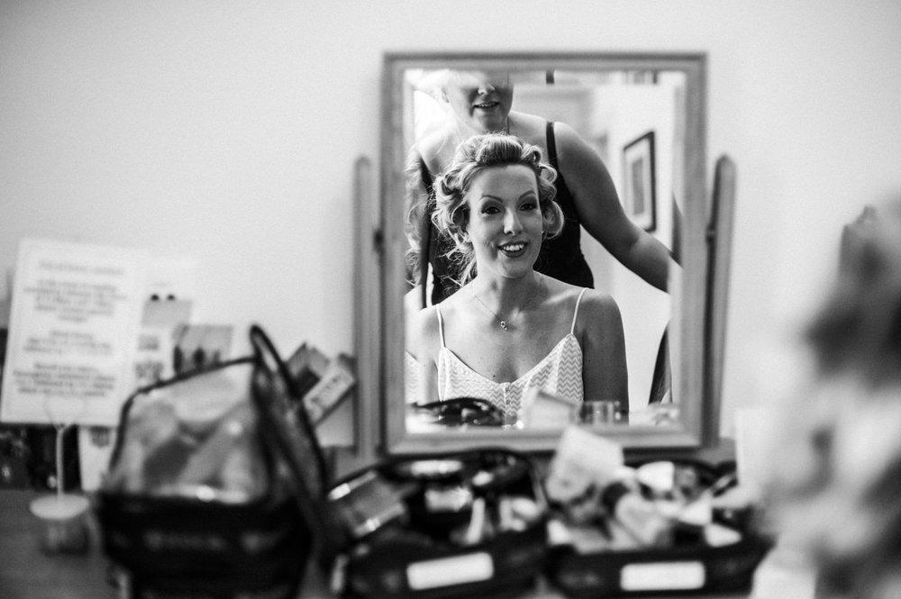 peak-district-wedding-photographer-Amanda-and-will-8.jpg