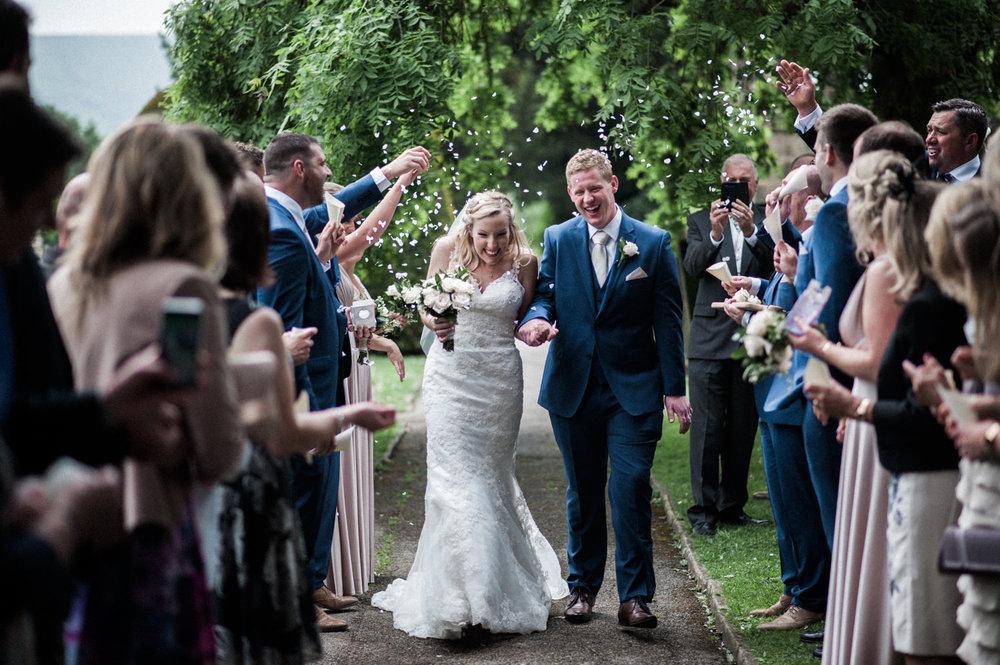 peak-district-wedding-photographer-Amanda-and-will-37.jpg