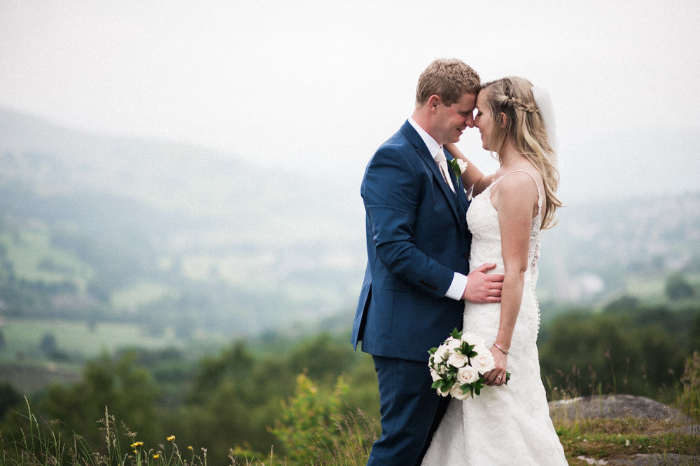 peak-district-wedding-photographer-Amanda-and-will-41.jpg