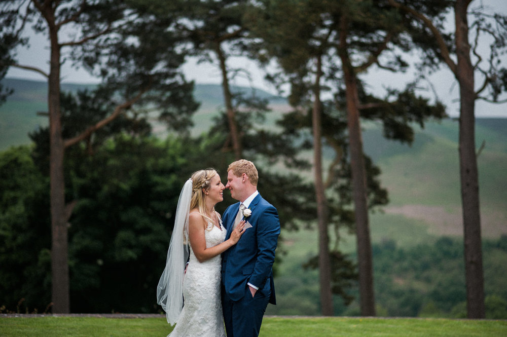 peak-district-wedding-photographer-Amanda-and-will-60.jpg