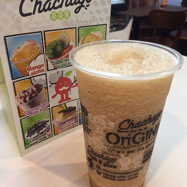 New Lychee Ice Smoothie !!! #lychee #bubbletea #chachagotoronto #downtowntoronto #elmstreet