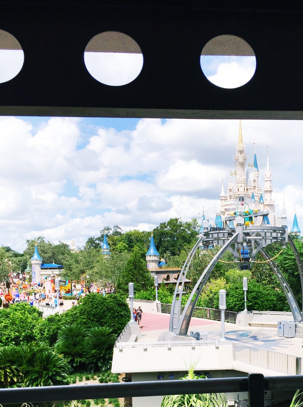 People Mover Views