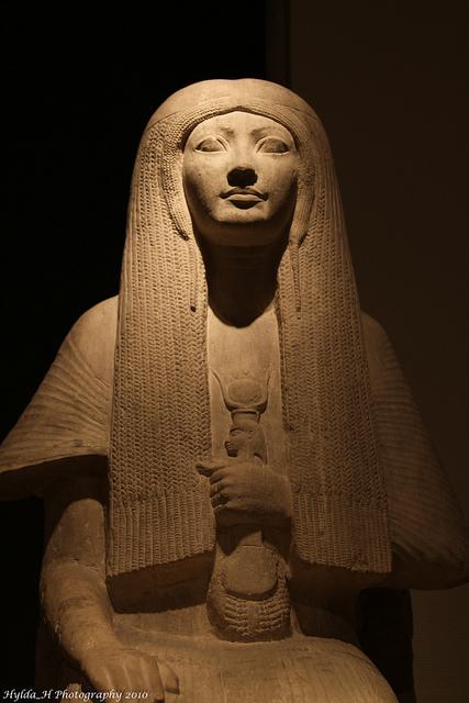 priestess-merit-photo-byhildahphotograhy.jpg