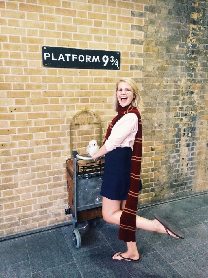 Platform 9 3:4 London.jpg