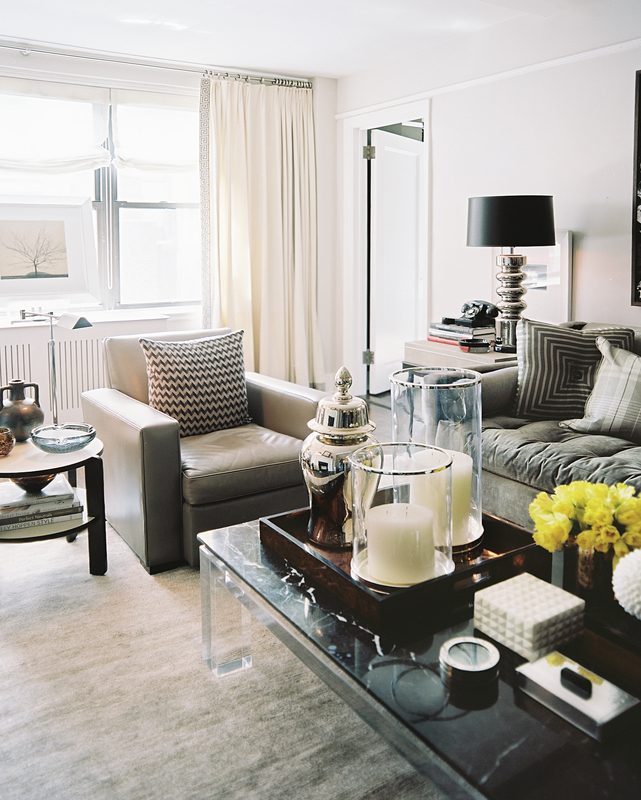 Modern Decorating Ideas For Coffee Tables: Interiors: Masculine Manhattan Apartment
