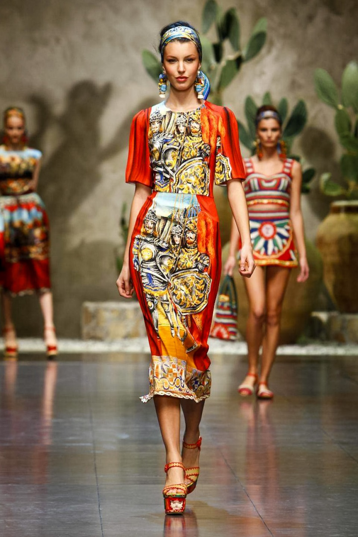 Dolce-Gabbana-Spring2013-01.jpg