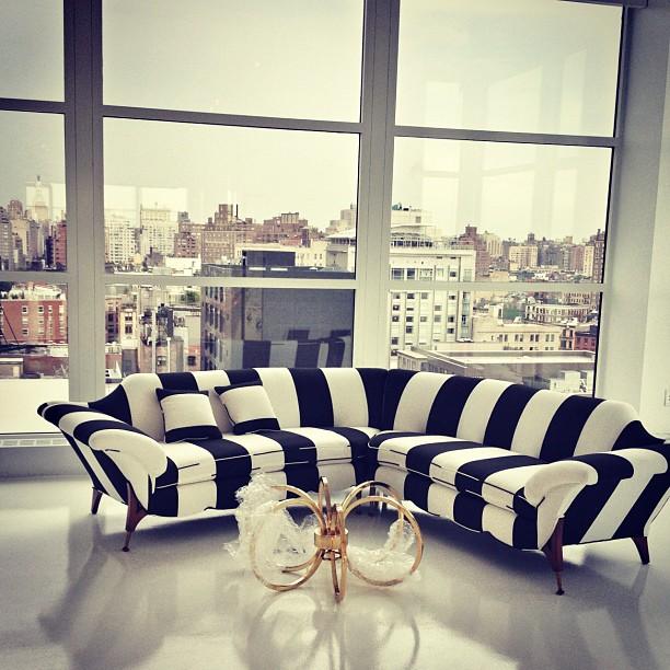 on trend the bold black and white stripe sukio design co. Black Bedroom Furniture Sets. Home Design Ideas