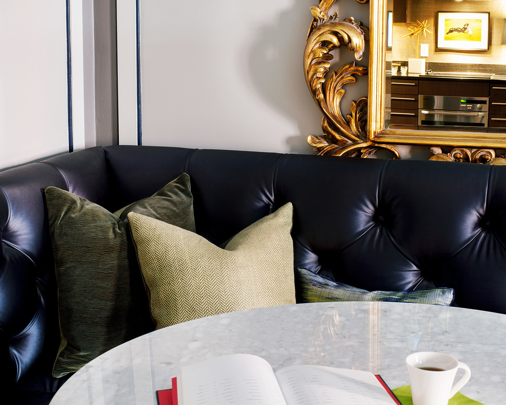 A Modern Glamour Dining Nook