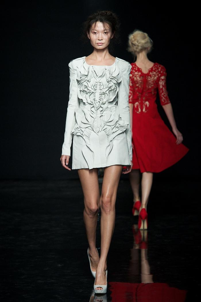 Yiqing Yin Haute Couture F/W 2012