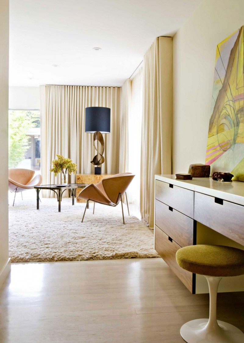 A mid-century modern bedroom by Jamie Bush