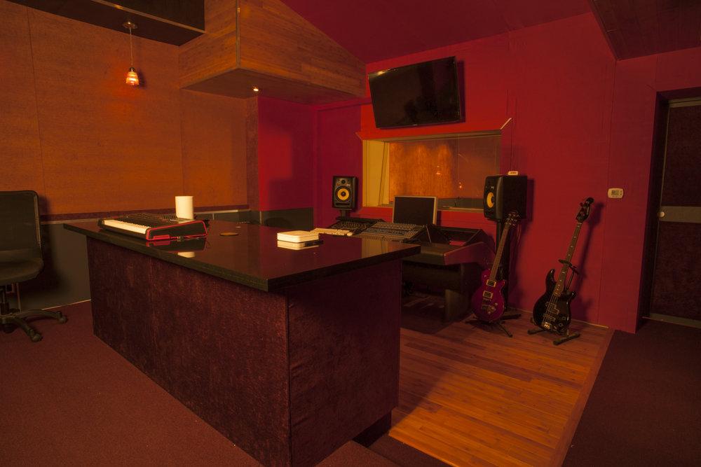 Studio Images_-7613.jpg