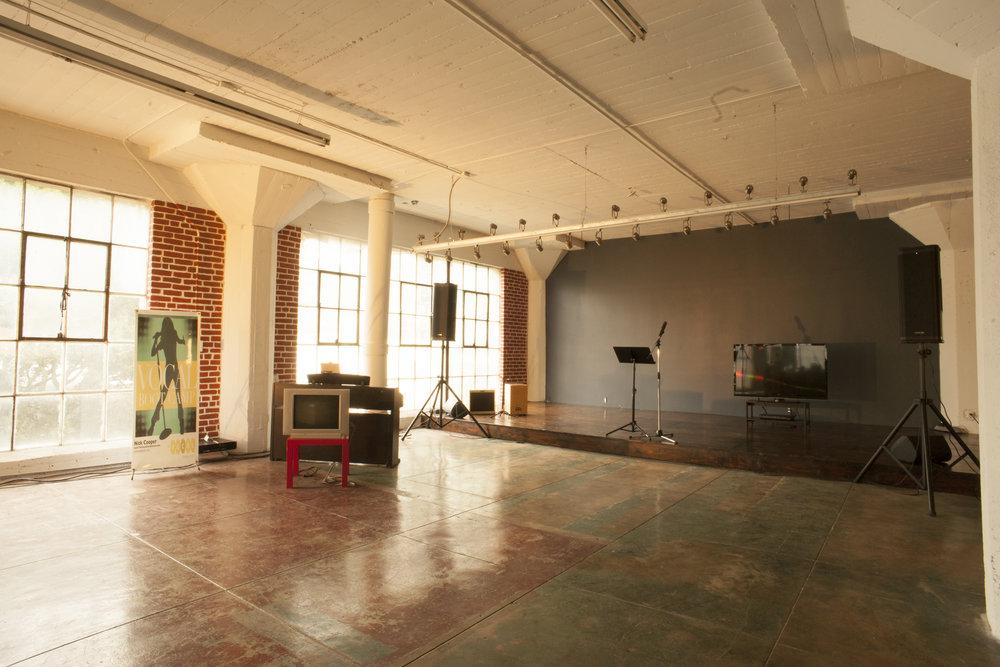 Studio Photo 6.jpg