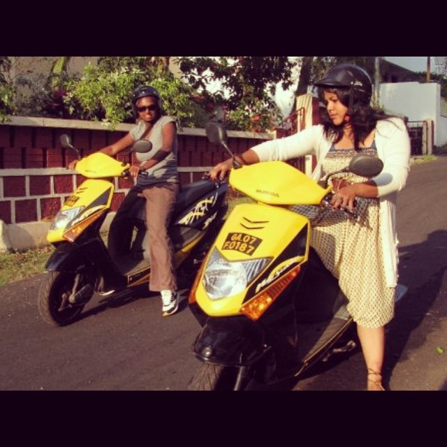 First time on scooters! First time driving in Indian traffic! #youfollowthefilm #documentary #filmmaking #onlocation #goaindia #grownasswomen #cameracrew #femaledirectors #femaleproducers #honda #scooters #indiangirls #indiantraffic #yellow #motorcycles #browniesonbikes  (at Goa, India)
