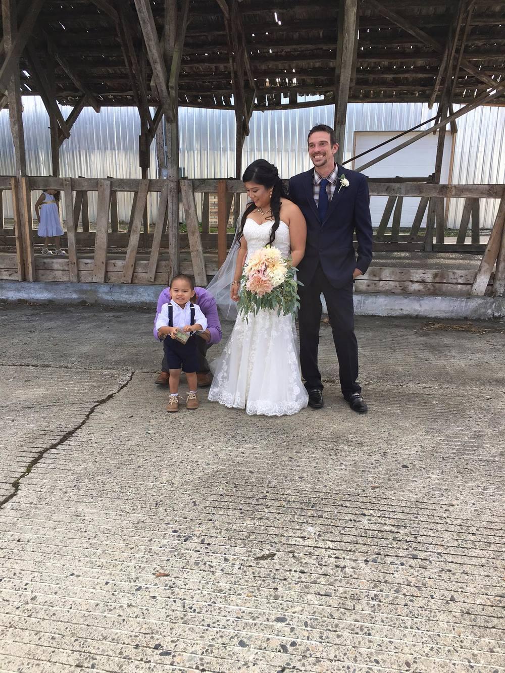 September -Melanie and Jd at Dairyland Farms