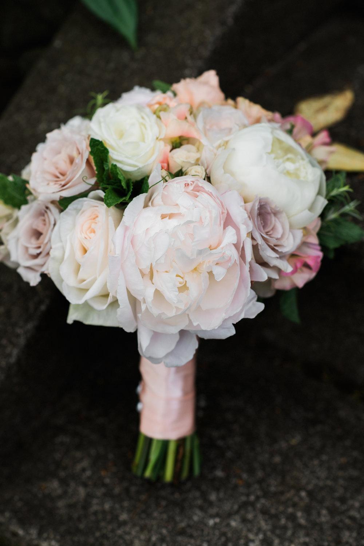Bouquet shot o+d.JPG