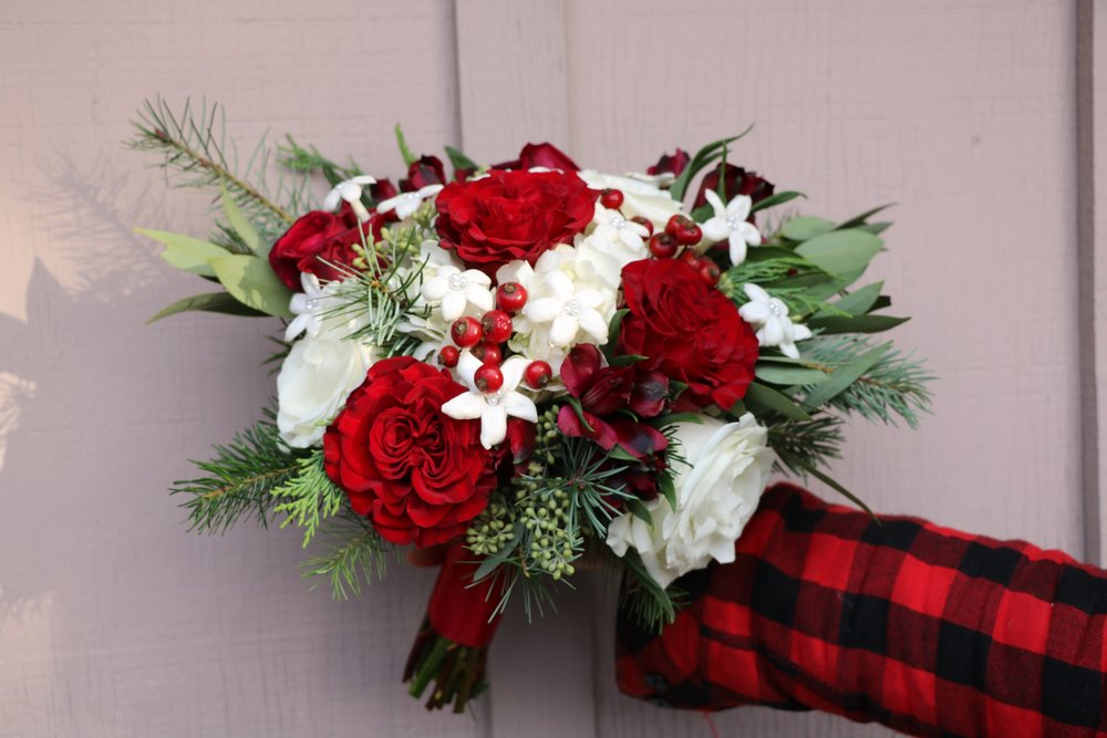Winter red and white bouquet