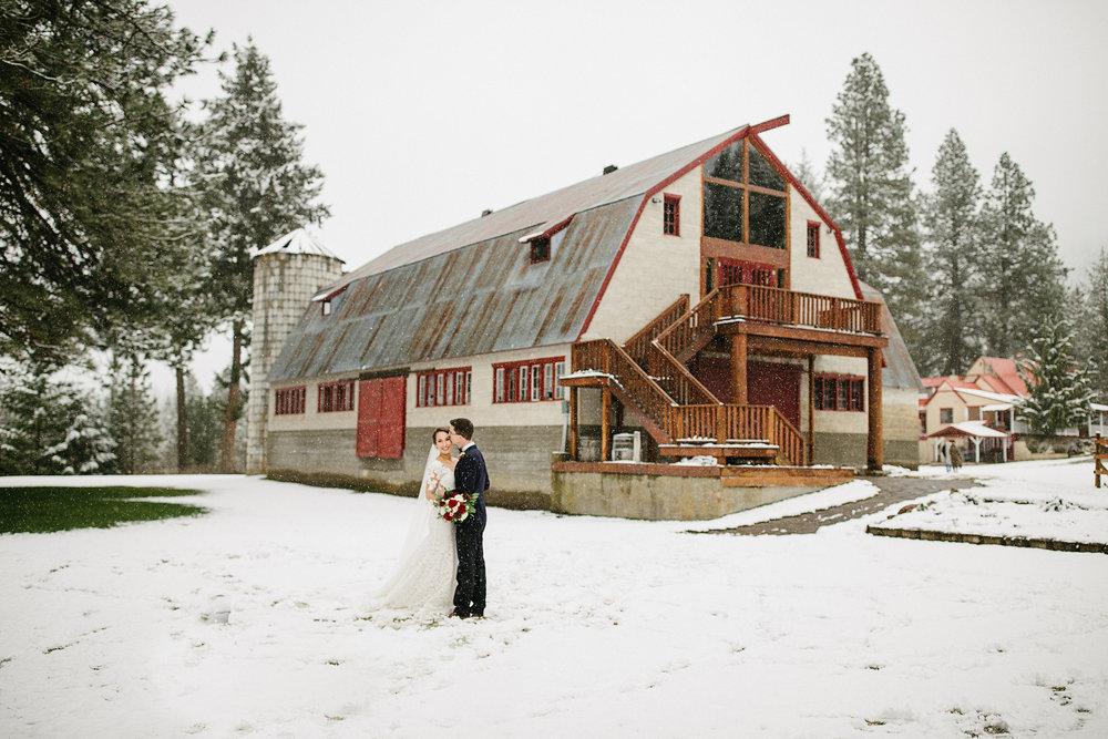 Pine river barn.jpg