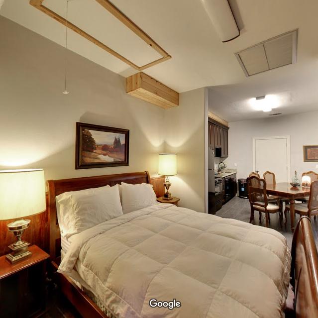 Tour Room 9