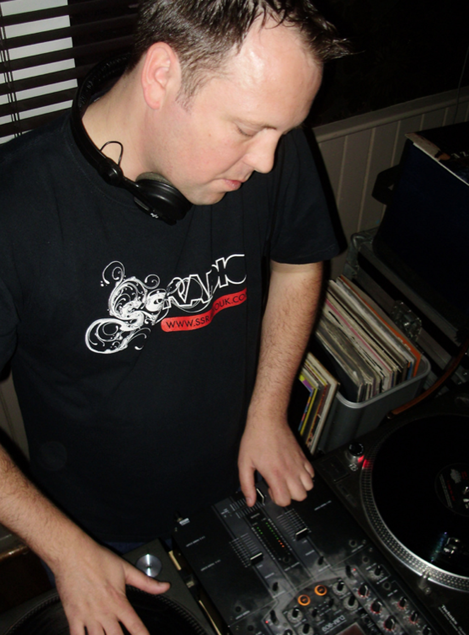 Dj Shep on 103.7 Kane FM 01.07.2012   Only just caught up with ourselves here at HCHQ.  Dj Shep of Holdin' Court has been putting in work on Kane FM.  So before we forget, here is his track selection from 01.07.2012:   Songs From Playschool And Play Away – Bang On A Drum  Inifinite Lives – Vinnie's Theme  Concept Of Thought – This Is Hip Hop  Benny Diction – Wide Open  Ralph Rip Sh*t – Something  Caxton Press – I Wanna See  Caxton Press – Running  So Sincere – Staggering Script  Vanilla – Still Love U  Gang Starr – Code Of The Street  Ed OG & The Bulldogs – I Got To Have It  Big L – Ebonics  Black Moon – Buck 'Em Down  People Under The Stairs – The Cat  De La Soul – Stakes Is High  The Funk League featuring Large Professor – Through Good And Bad (Breaking North Mix)  Booda French – 61 Grace  Mystro – Tellin' You  Mystro – Cockadoodledo  Mark Mac presents Visioneers  featuring Capital A – Funk Box (Jazzy Jeff Vocal)  Wu Tang Clan – Protect Ya Neck  Ghostface Killah feat. The RZA – The Grain  Black Ivory – I Keep Asking You Questions  Banbarra – Shack Up(Pt. 2)  All The People – Cramp Your Style  Herbie Hancock – Wiggle Waggle  Dennis Coffey – Theme From Black Belt Jones  Johnny Hammond – Shifting Gears  Jun Mayuzumi – Black Room  Whirlwind D – Strong  Oliver Sudden – Pioneer Slang  Concept Of Thought feat. Ed ScissorTongues – Wake Up  Kill That Noise feat. Oliver Sudden – Let's Get Deep  Benny Diction feat. LeeN – Boomerang  Nas – Nas Is Like  MF Doom – Doomsday  Jaylib – The Red  Jedi Mind Tricks feat. GZA – On The Eve Of War  Dr. Octagon – Bear Witness (Q-Bert Remix)  Bomb The Bass featuring Justin Warfield – Bug Powder Dust (La Funk Mob Remix)            LISTEN AGAIN HERE!