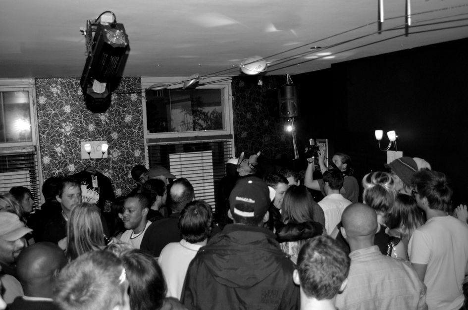 KaneFM Launch Party             Pictured above  Deeflux  rocks a packed out Funky End, Aldershot as part of  Kane '103.7' Fm's  launch party last Friday 21st Oct.   Much respect to the KaneFm team for their hard work. Listen live to their test transmission in and around the Guildford area right now.   More:  http://www.kanefm.com/