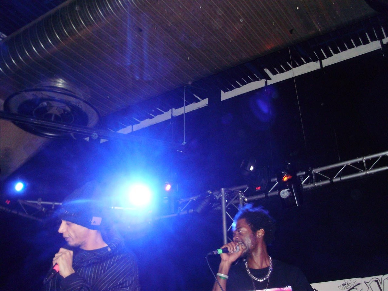 Support independent UK Hip-Hop: Idel Hands presents Phi-Life Cypher. Bucks New Uni. HW..last Thrus. Where were you?