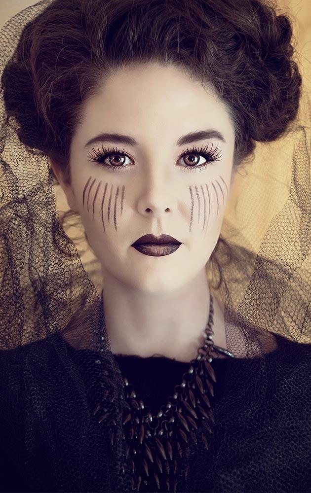 Renata Ramsini Portrait - Anne Pedestal FB.jpg