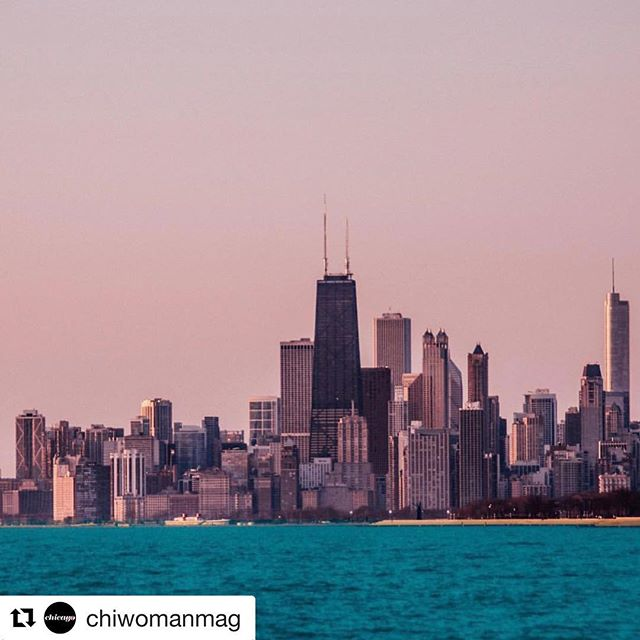 #Repost @chiwomanmag ・・・ Rise + Shine Chicago women! Let's rally today and support small women owned businesses right here in our city. Get your tickets to @covetmarkets today and show your love to our beloved town by shopping small + local this weekend 🛍 link in bio 📷 @samadventure