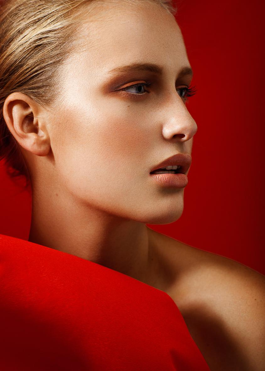 Sanny Lily McAuliffe beauty-1.jpg