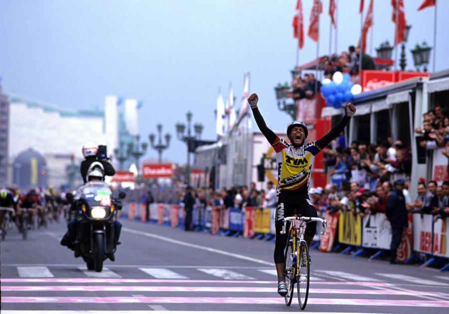 Lauritzen Vuelta 3_NY.jpg