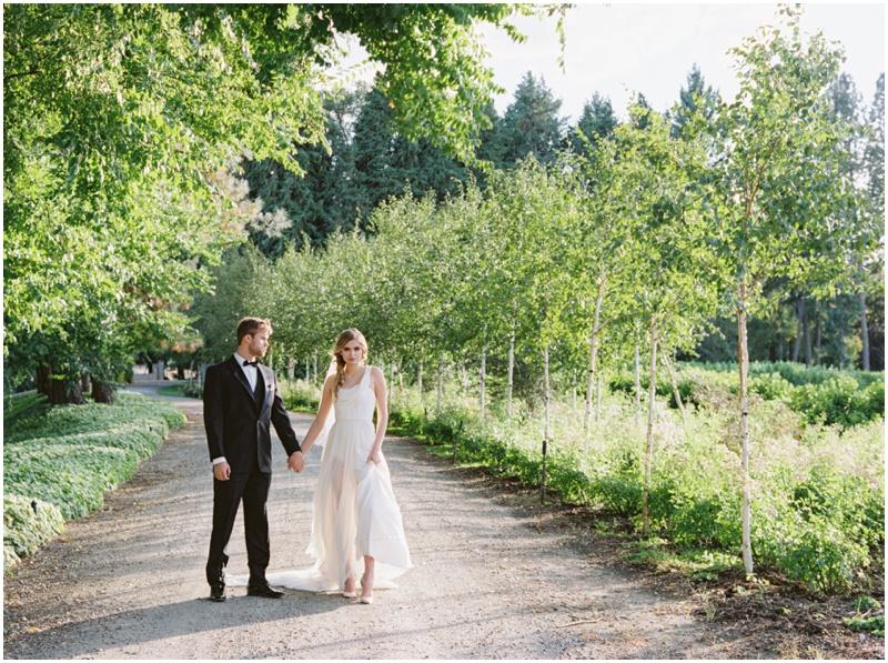 bride_groom_style_black_tie.jpg