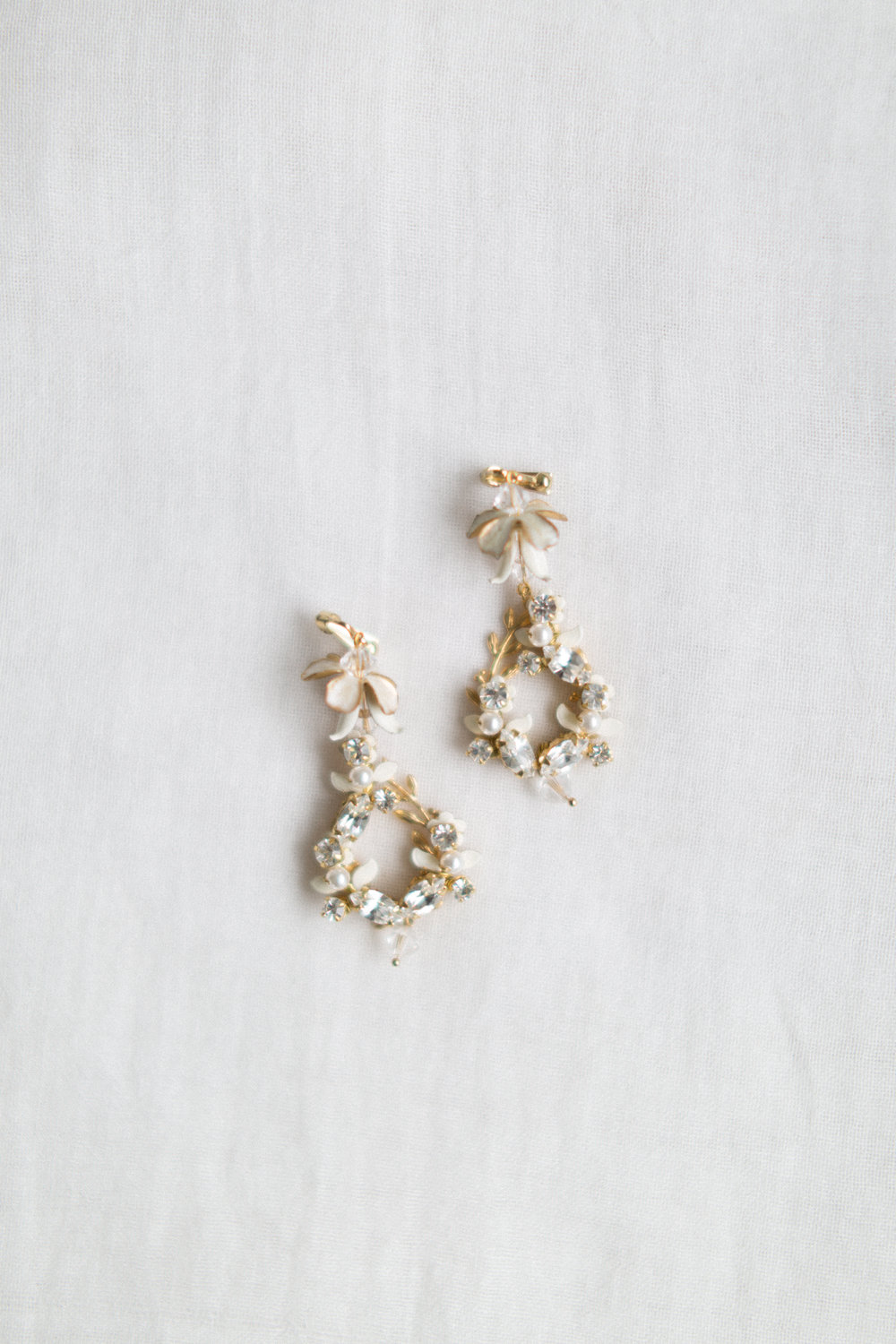 bridal_jewelry_brides_earrings_designer